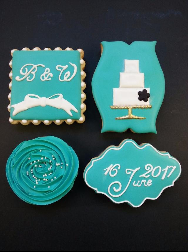 Wedding set in Tiffany blue