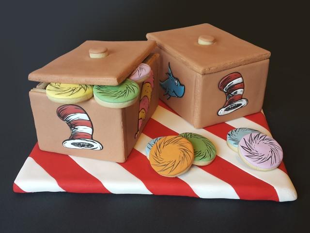 Dr Seuss boxes